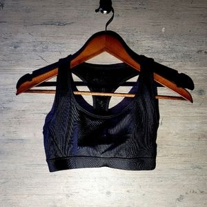 Forever 21 Sports Bra Top. Perfect Condition! Soft